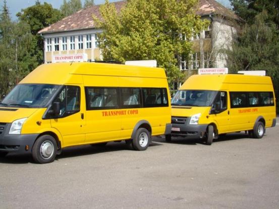 Microbuze şcolare în Argeş