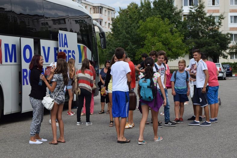 Vacanţa elevilor pe banii primăriei a luat sfârşit