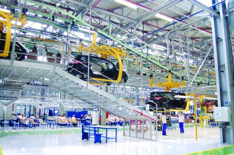 Ford realizează noi investitii în fabricile de la Craiova
