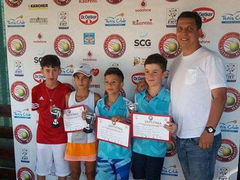 Premii importante pentru tenismenii din Mioveni