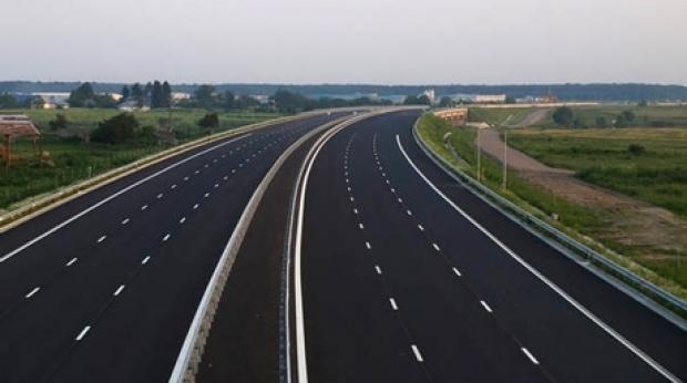 Se fac iarăşi lucrări pe autostrada Bucureşti-Piteşti!