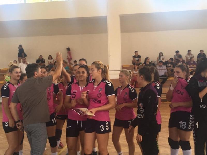 """CS DACIA MIOVENI, pe locul al treilea  la Turneului de Handbal """"Cupa  Energetic"""""""