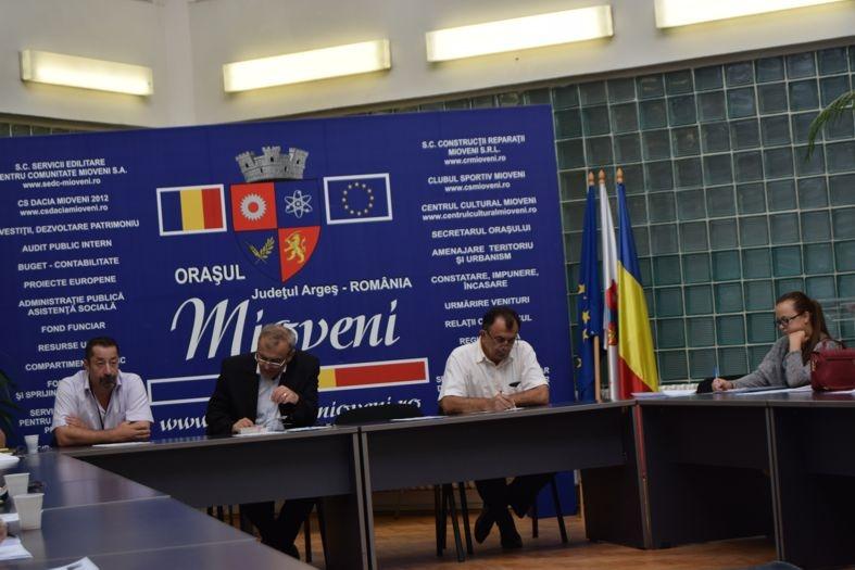 Unităţile de învăţământ din Mioveni, pregătite pentru începerea noului an şcolar