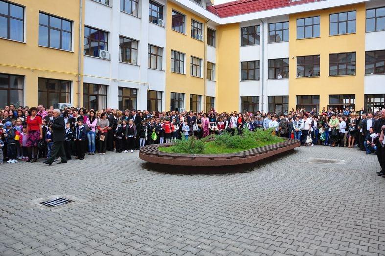 Mioveni: S-a stabilit programul festivităților de deschidere a anului școlar