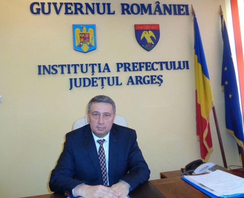 Prefectul a uitat de romi