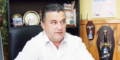 Primarul din Băbana se plânge de lipsă de bani