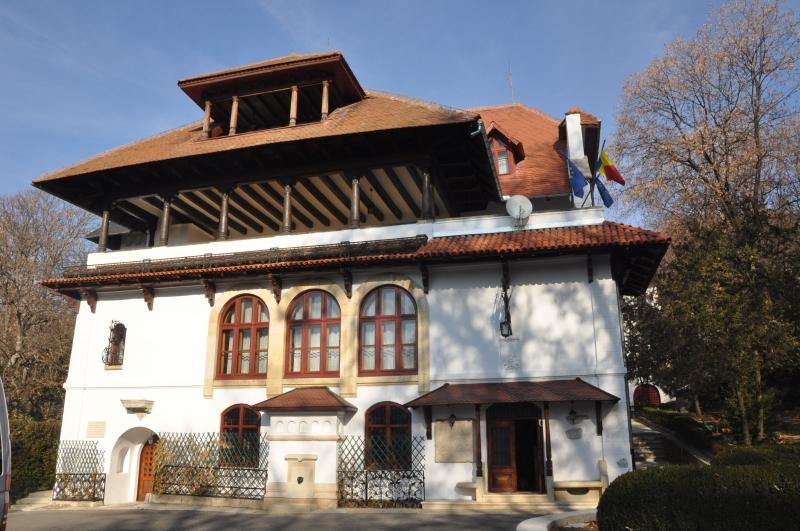 Centrul de Cultură Brătianu – 23 de ani de la înfiin are