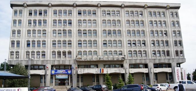 Consiliul Judeţean preia Palatul Administrativ al judeţului