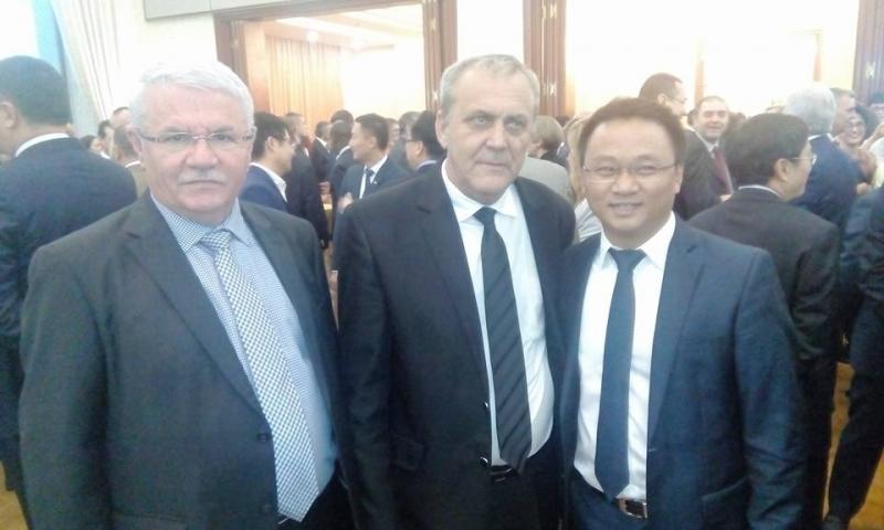 Georgescu speră să atragă investitorii chinezi la Mioveni