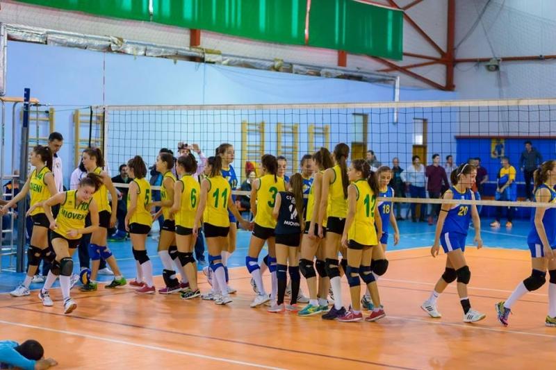 Duminică, start în campionatul naţional de volei, cadete pentru sportivele din Mioveni