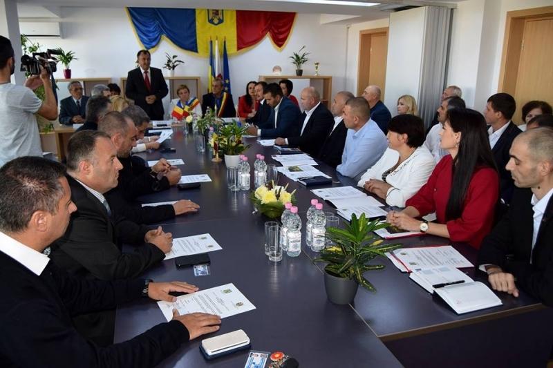 Mioveni: Şedinţă comună Romănia – Moldova