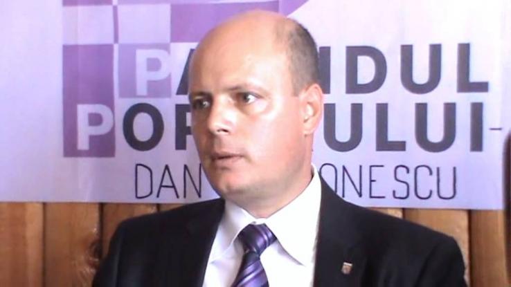 Fost vicepreşedinte de Consiliu Judeţean, la ALDE