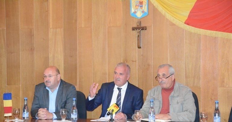 Dan Manu s-a întâlnit cu primarii la Topoloveni