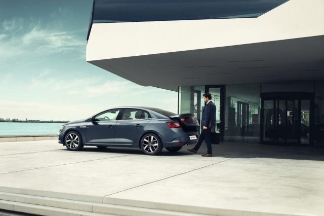 Renault lansează în Romania noul Megane Sedan