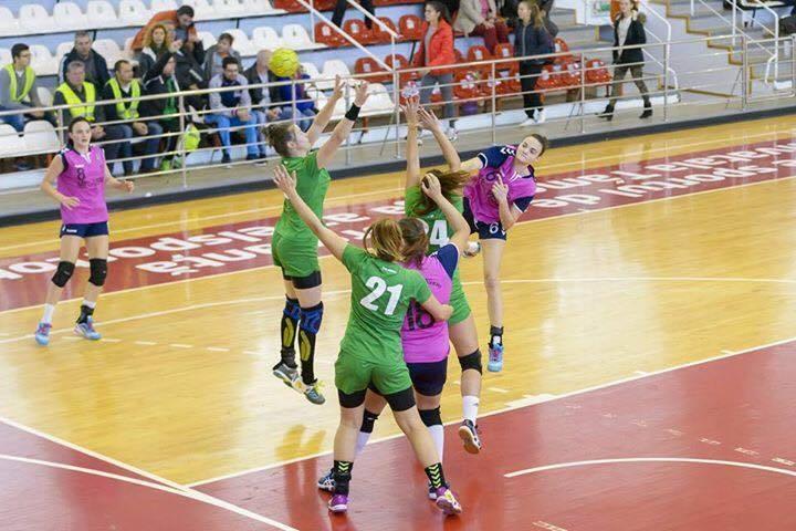 Victorie pentru handbalistele de la Mioveni