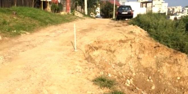 Bani pentru stoparea unei alunecări de teren în Piteşti