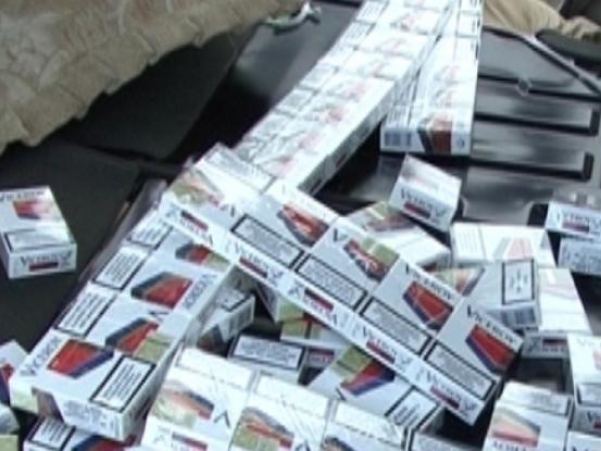 Contrabandist de ţigări, reţinut de poliţişti