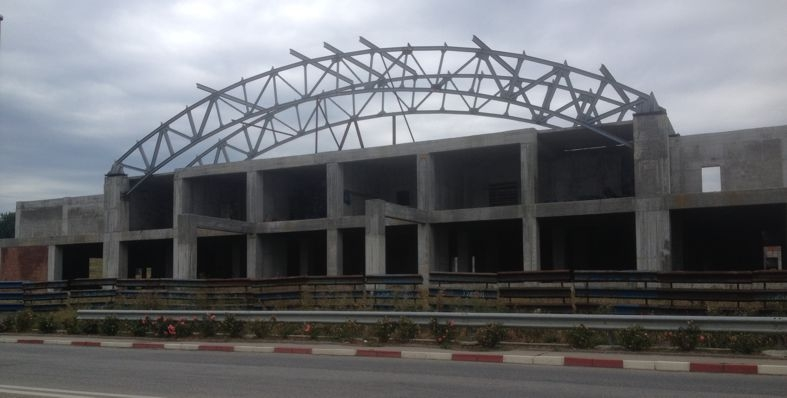 Sala Sporturilor de la Mioveni reintră în atenţia lui Georgescu