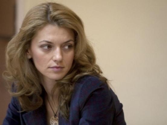Alina Gorghiu şi-a bătut joc de PNL Argeş