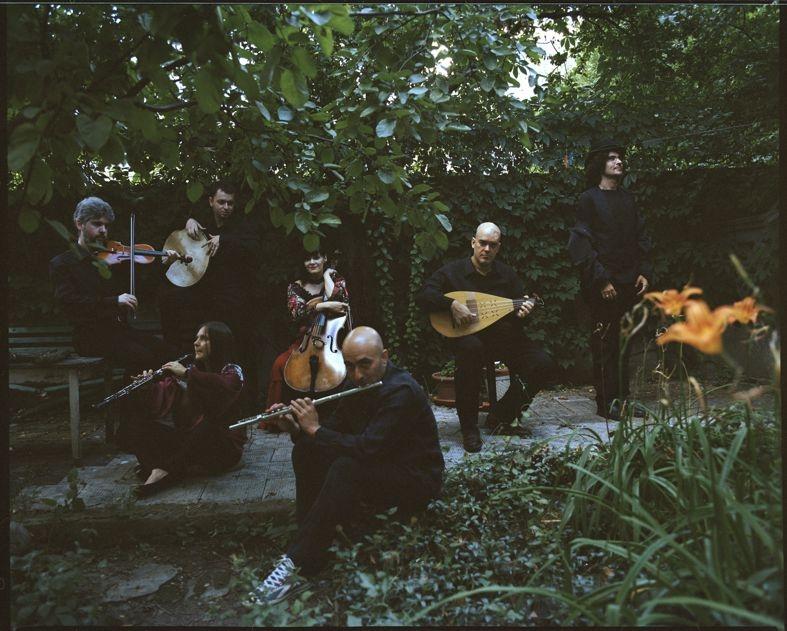 Rapsodiile Române vs. muzică tradițională și folclor urban, la Filarmonica Piteşti