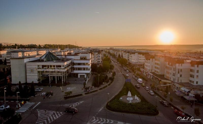În Mioveni vor fi amenajate 24 de secţii de votare
