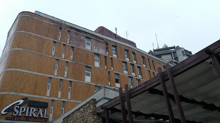 Jale la Hotelul Muntenia!