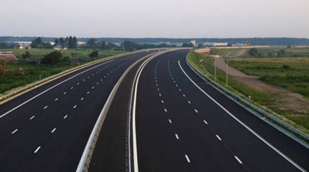 Autostrada Piteşti-Craiova, în aer!