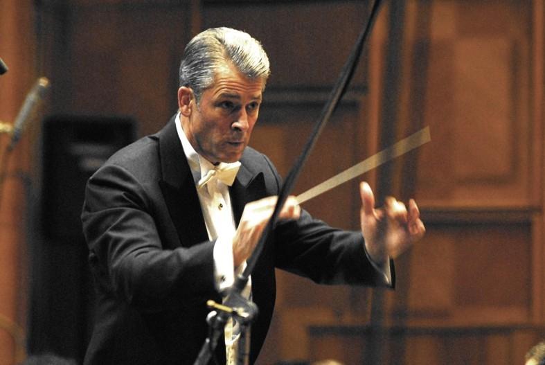 Dirijor german în premieră, la Filarmonica Piteşti