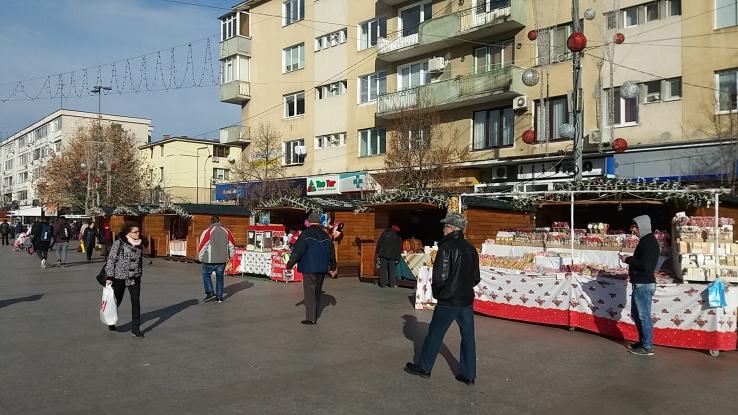 Târg de Crăciun în Piaţa Primăriei