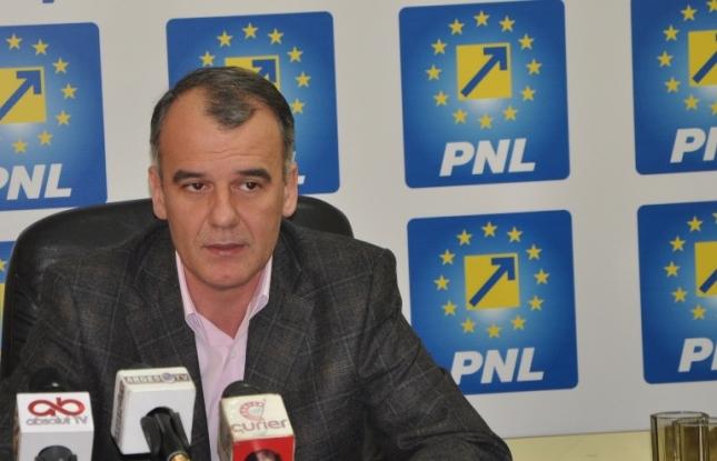 Şeful PNL Argeş, demisie de onoare
