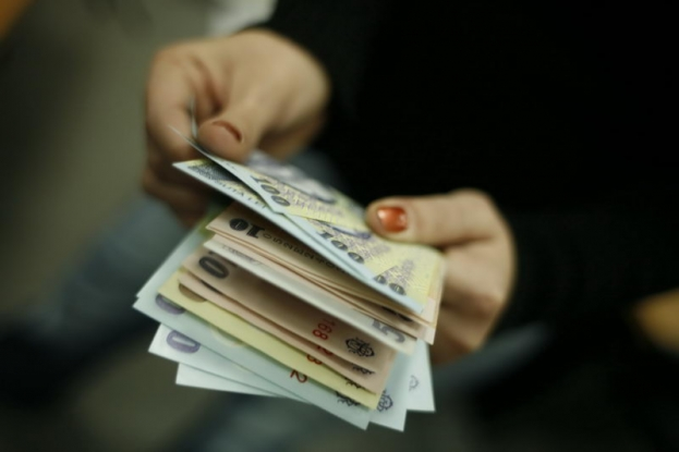 Creşteri salariale în Argeş