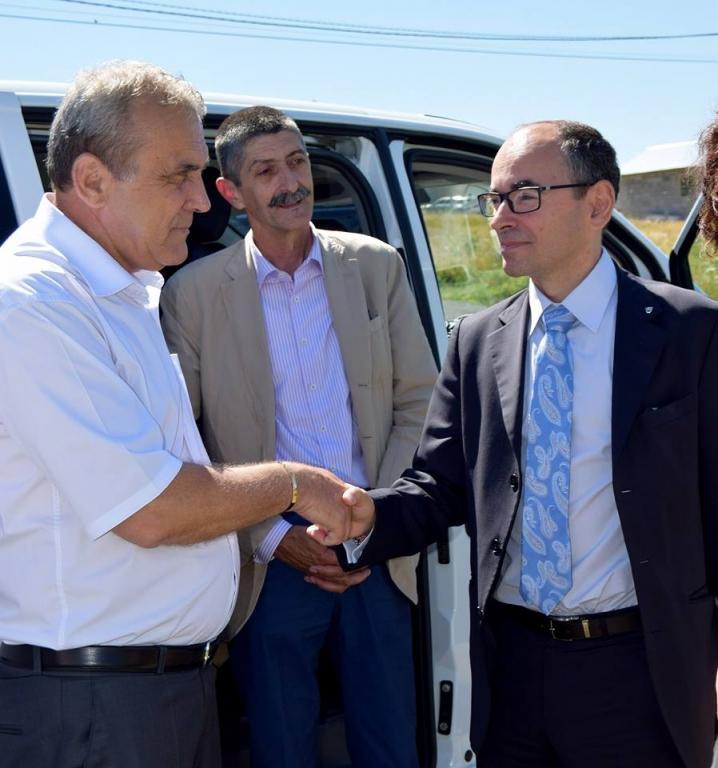 Întâlnire între autorităţile locale din Argeş şi conducerea Automobile Dacia