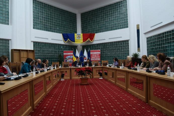 Sedinţă de Consiliu Scolar, la Mioveni