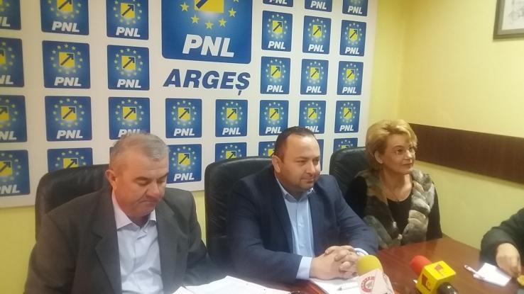 Scandal monstru în PNL Argeş