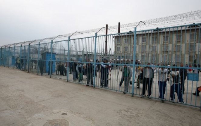 Se acordă mai mare atenţie deţinuţilor decât şomerilor!