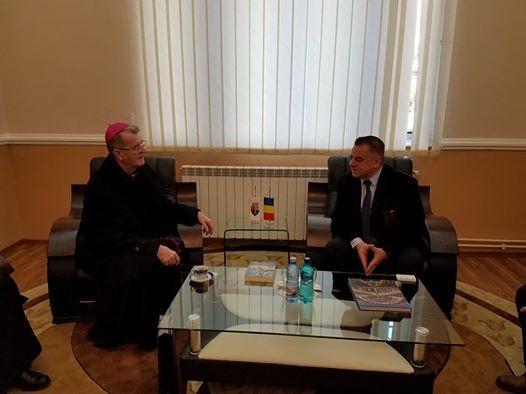 Ionică s-a întâlnit cu şeful Bisericii romano-catolice din România