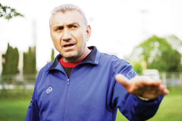 Cu ce s-a ales consilierul Ilie Bărbulescu după o viaţă în fotbal