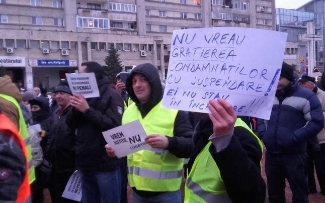 Oamenii legii, obosiţi de proteste