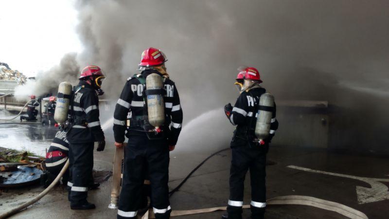 ISU Argeş: Bunuri de 22 milioane euro salvate din calea focului