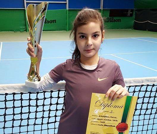 Micii tenismeni din Mioveni, din nou pe podium