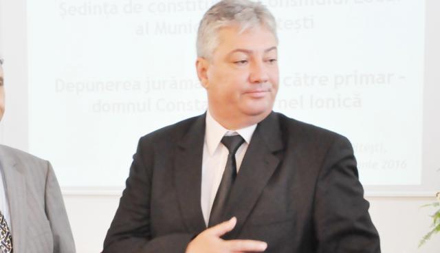 Dănuţ Dinu, contre cu Cornel Ionică
