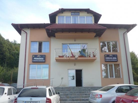 Se construieşte un centru multifuncţional la Budeasa