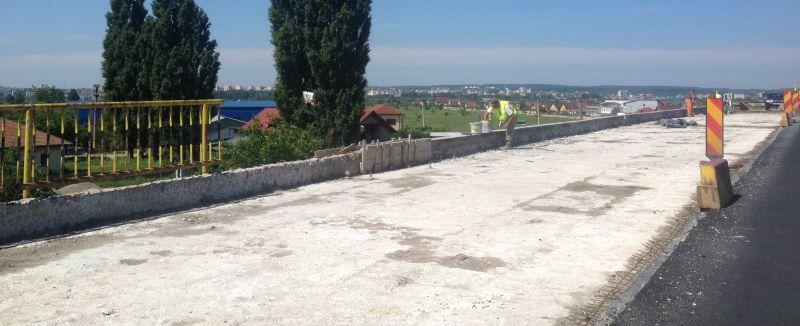 Manu aşteaptă finanţare pentru 4 poduri