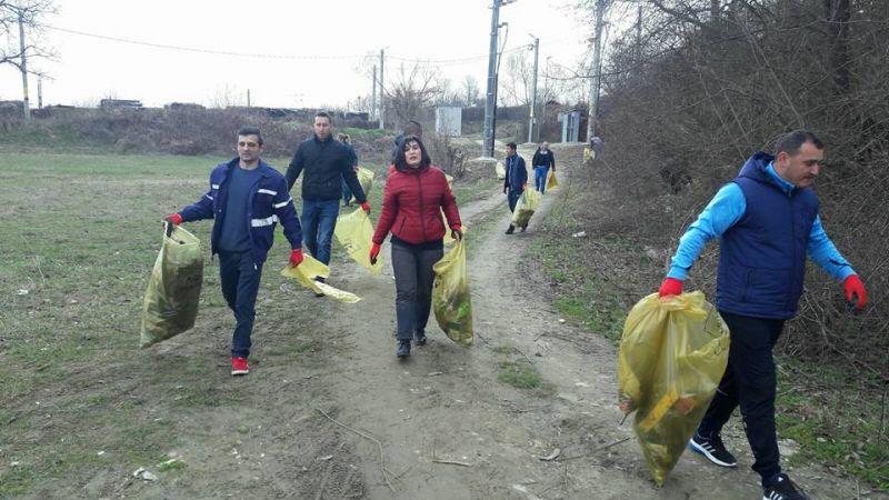 Cetăţenii din Mioveni sunt așteptați, sâmbătă, la o nouă campanie de ecologizare