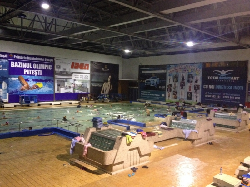 Încasări mari la Bazinul Olimpic şi în bazele de agrement