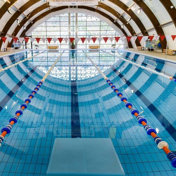 Bazinul de înot Mioveni, program special de Paști