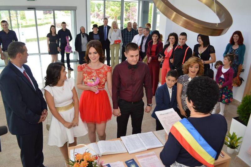 La Pitești, căsătoriile programate on-line au ajuns până în octombrie