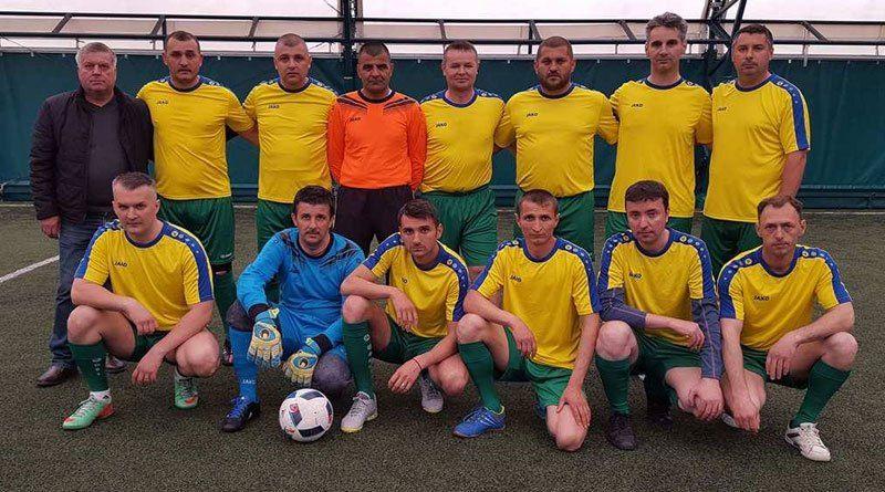 Echipa de fotbal a Primăriei Mioveni, partidă  la Topoloveni