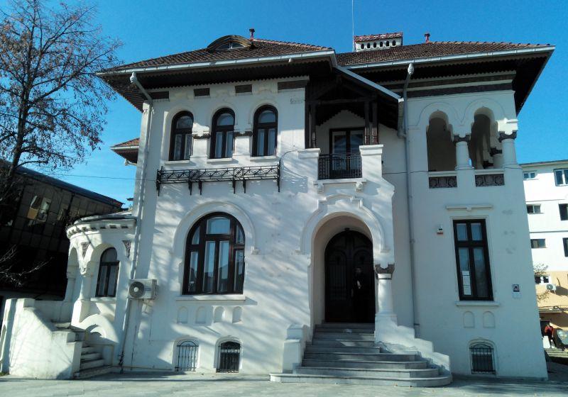 La Pitești, Casa Căsătoriilor este plină de mucegai