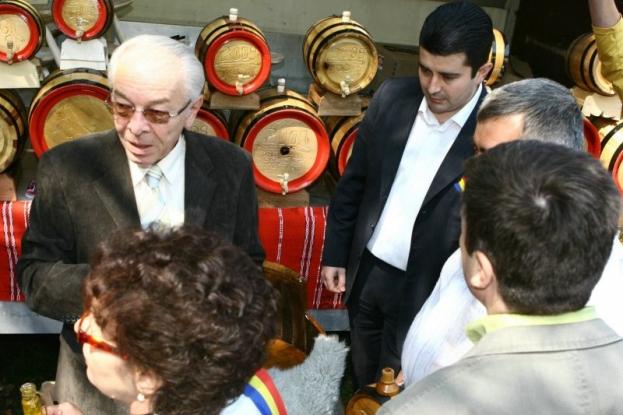 Radu Vasilică îi dă replica lui Nicolae Văcăroiu
